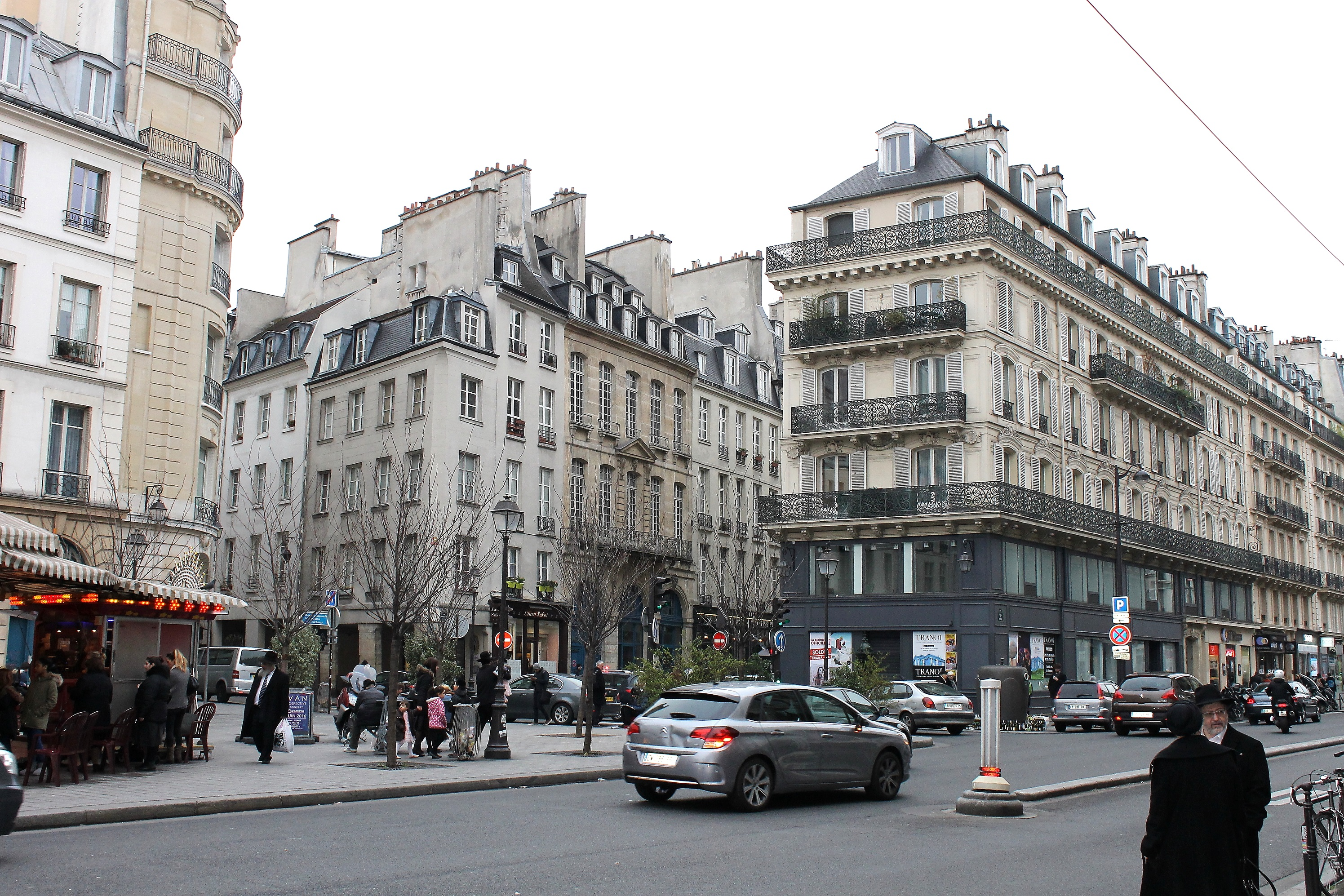 Streets of le marais paris snapshots