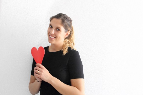 girl heart valentines day kisses