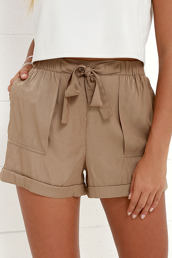 Spring lulu's shorts nude