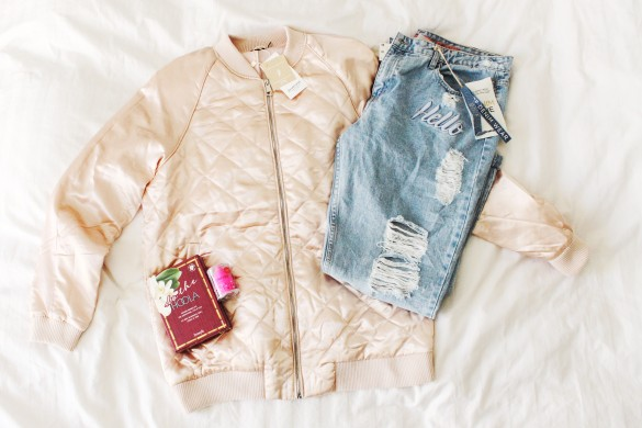 pale pink bomber jacket stradivarius ripped denim benefit sephora beautyblender