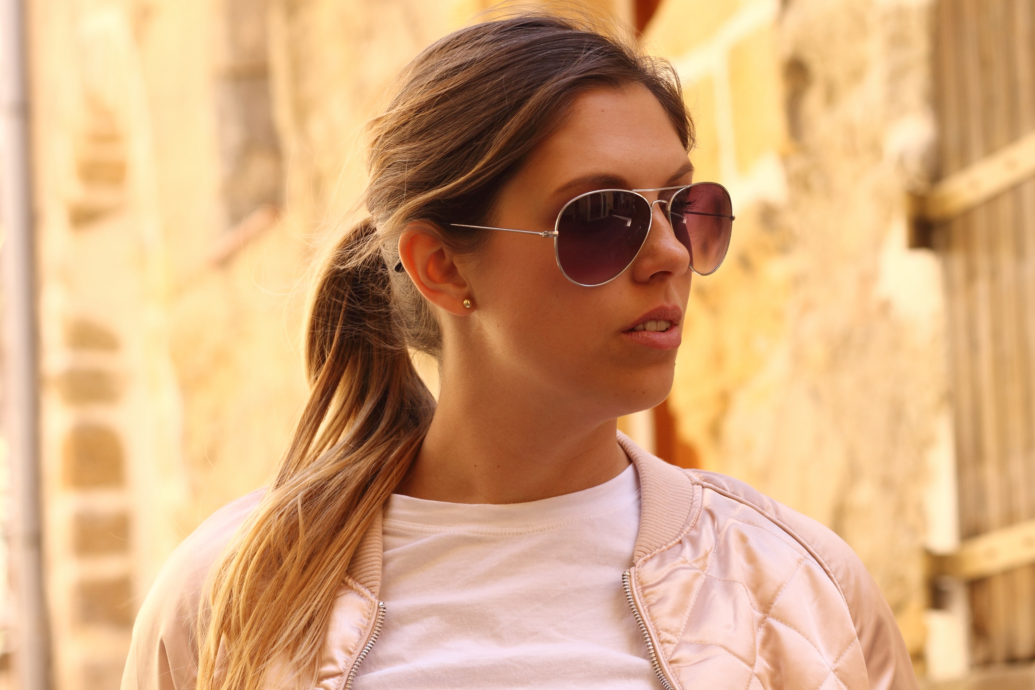 close up balayaga ponytail aviator sunglasses