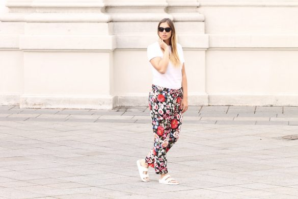 flowerprint pants zara bikbok sunglasses