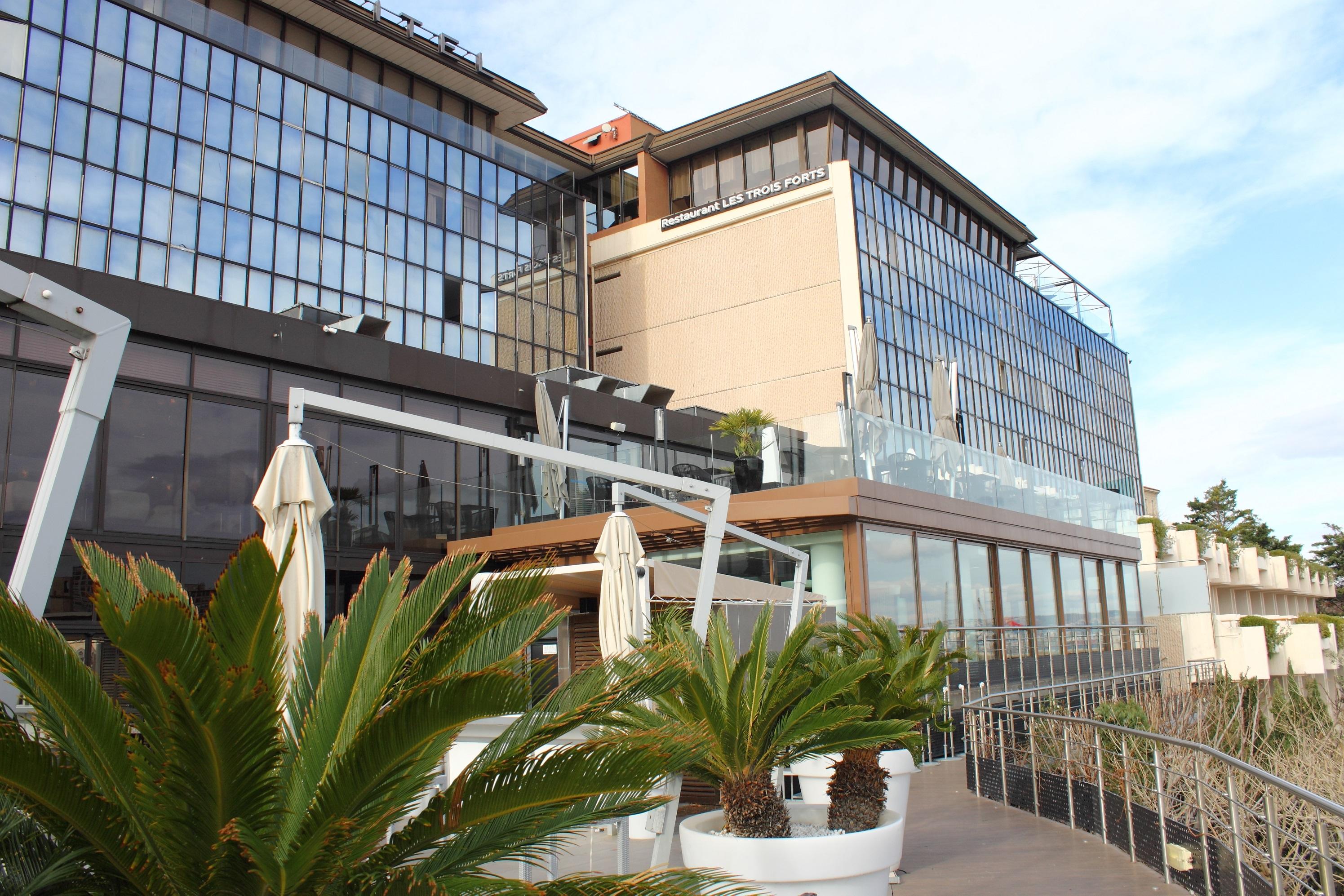 Hotel review novotel marseille vieux port style over function - Novotel vieux port marseille ...
