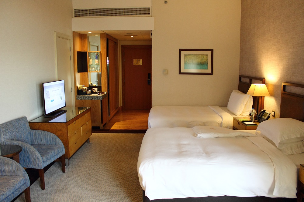 amwaj rotana dubai review